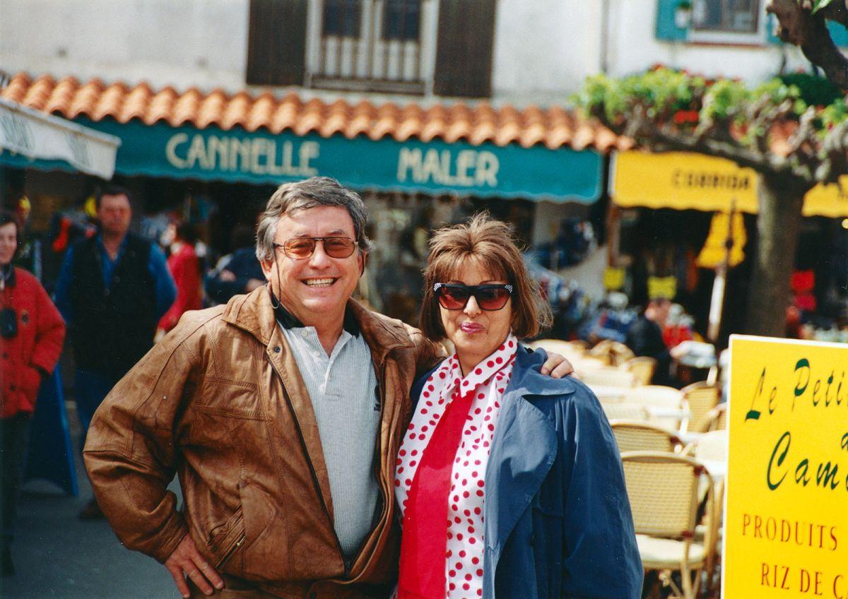 עם חניתה, אשתי, באחד הטיולים שלנו לפני שחלתה, בעחוצות העיר ניו יורק